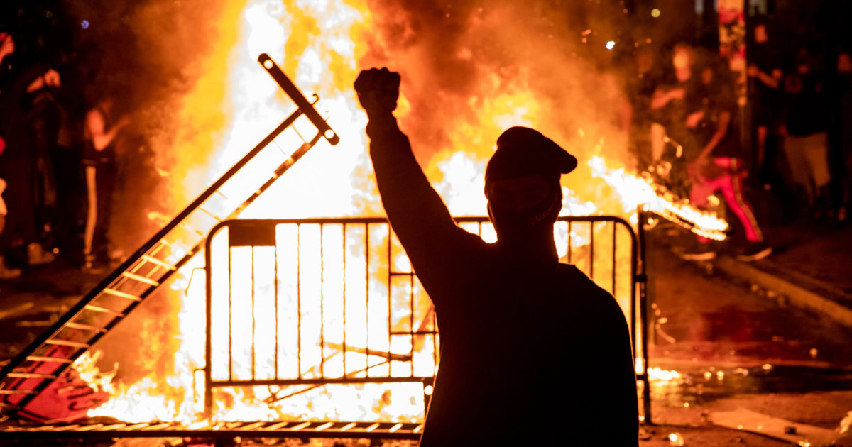 www.nbcnews.com: Arrests in Los Angeles expected to be in hundreds after another day of protests