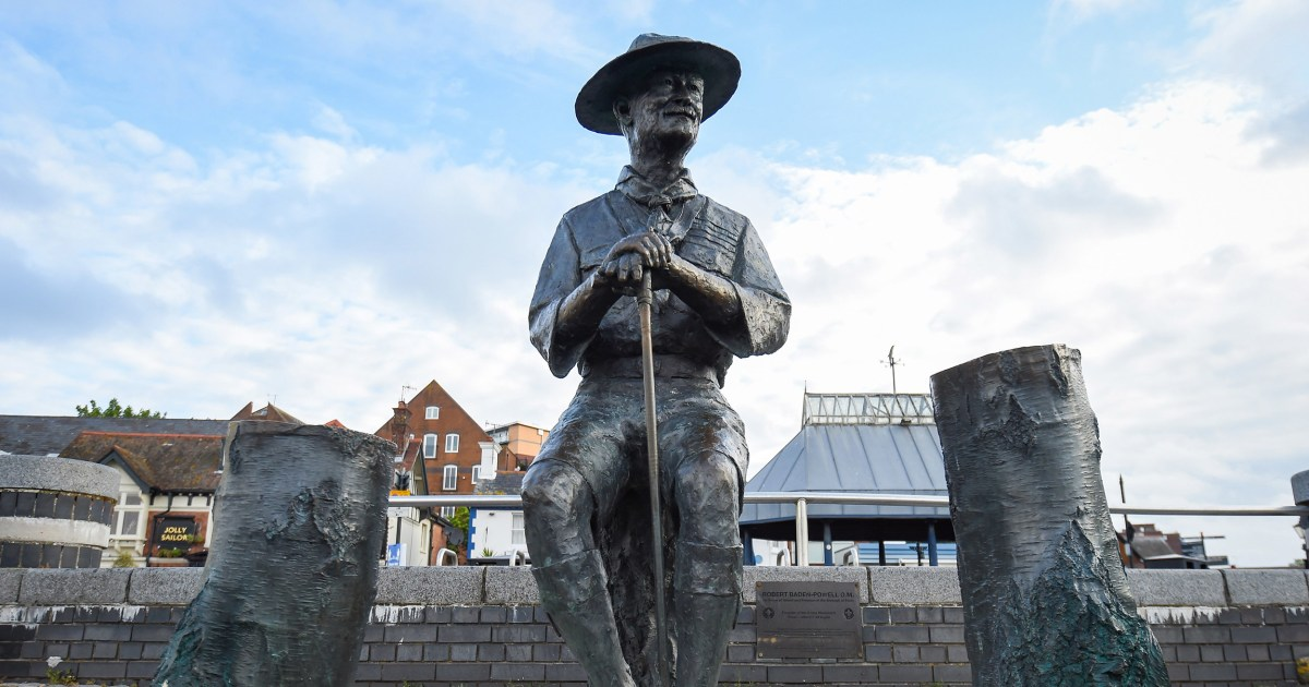 LONDON — A local government in southern England said it would remove a statue of Robert Baden-Powell, founder of the worldwide scouting movement, th