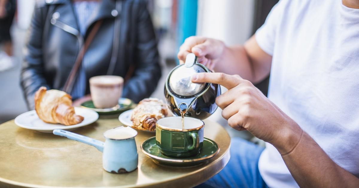 Not my cup of tea: Spat over hot drinks brews between U.S., U.K. ambassadors thumbnail