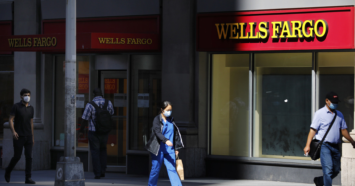 She clicked a button on the Wells Fargo website. Here's what happened.