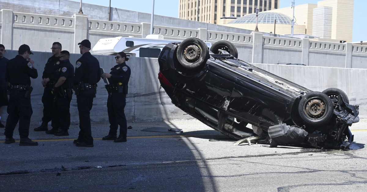 Highway deaths spike for third-straight month as drivers take advantage of empty roads