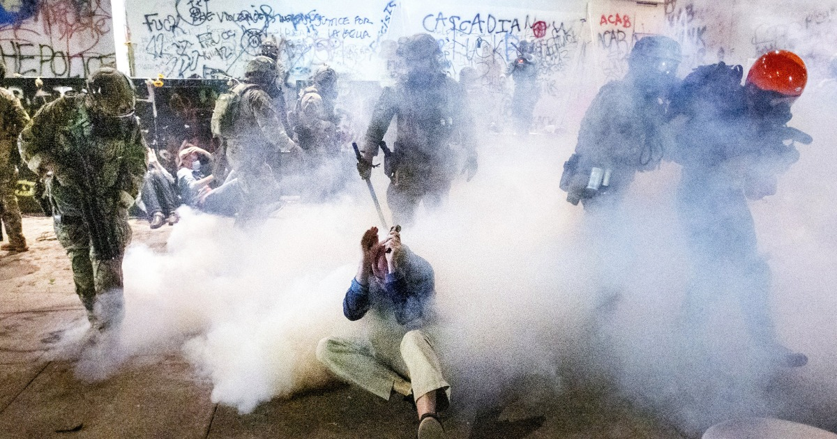 Portland protesters accuse federal officers of indiscriminate tear gas attacks – NBC News