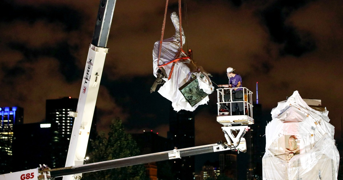 Chicago removes Columbus statue in Grant Park overnight after protesters tried to topple it – NBC News