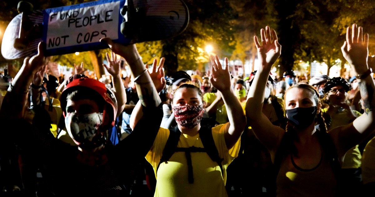 Portland protests peaceful after federal officers scale back presence – NBC News