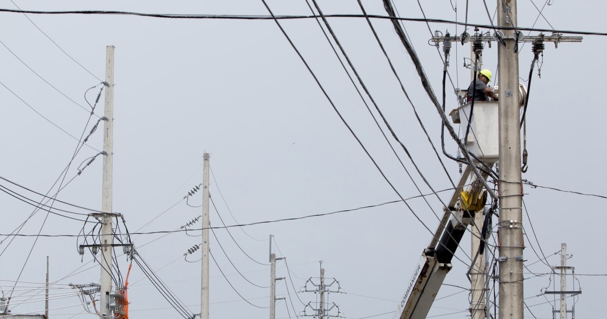 Puerto Rico power utility CEO resigns; thousands without power from last week