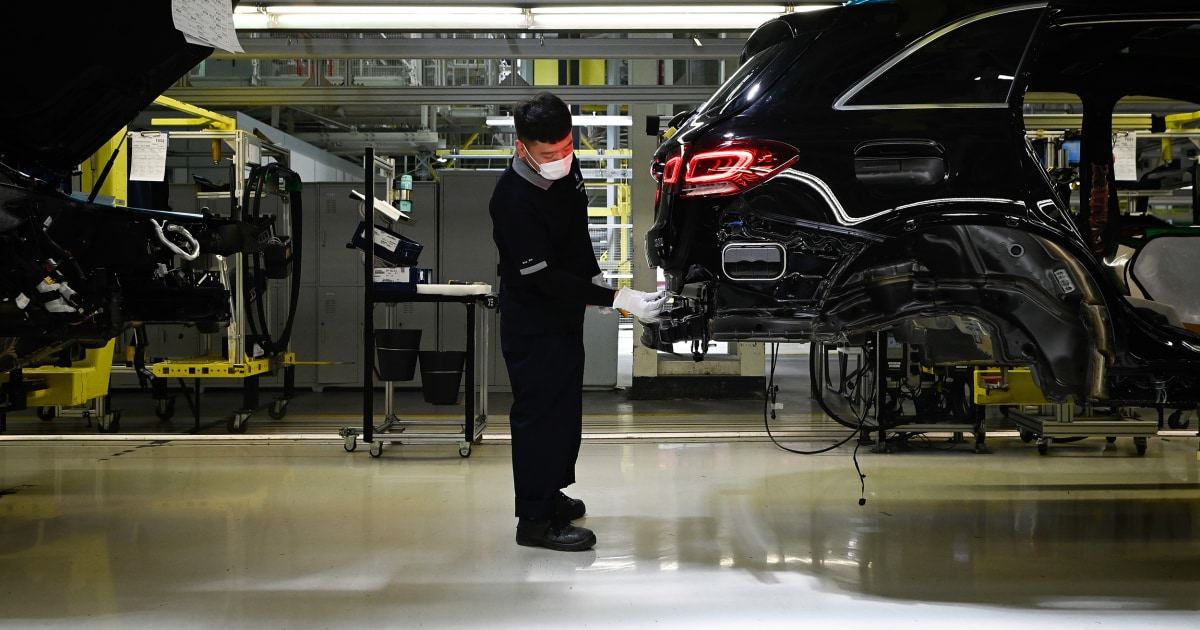 Trump's trade war drives some auto jobs to China