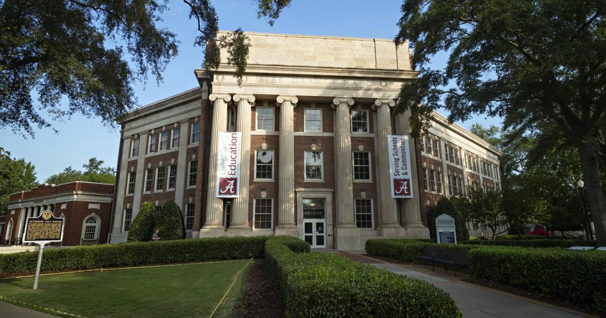 Coronavirus cases among students at University of Alabama climbs to more than 1000 – NBC News