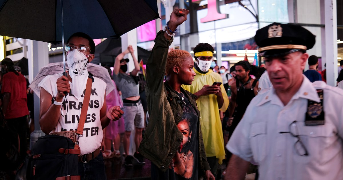 Video shows car plowing through protesters in Times Square – NBC News