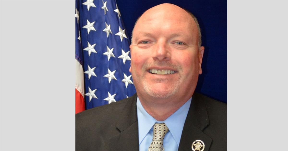 South Carolina sheriff's condemnation of kneeling during anthem causes a stir – NBC News