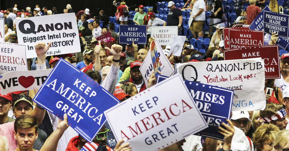 Spanish-language disinformation intensifies among Florida Latinos, worrying Democrats
