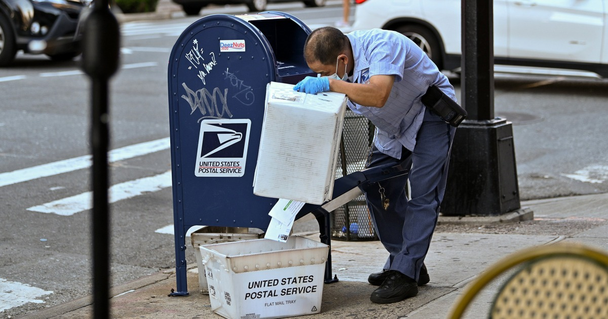Federal judge blocks Postal Service changes that slowed mail