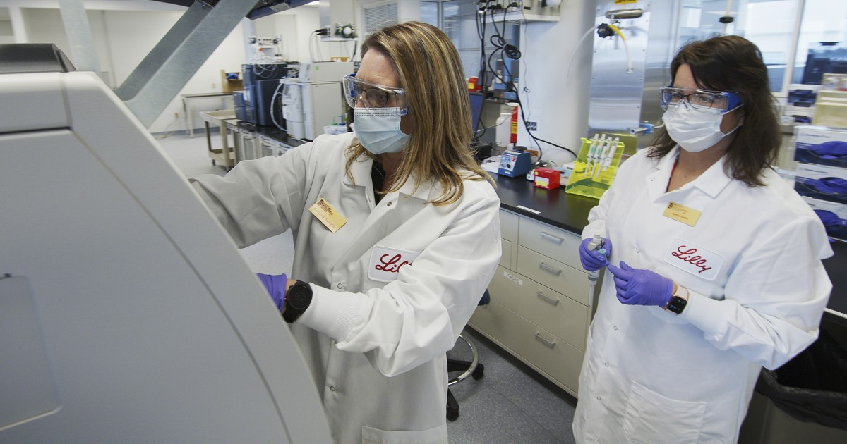 Lilly Covid-19 antibody treatment trial paused. Experts say that's normal