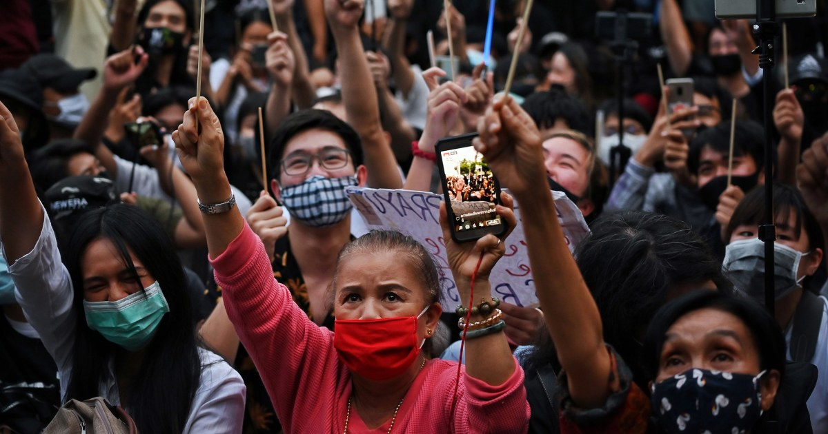 Thai protesters vow new demonstration despite crackdown thumbnail