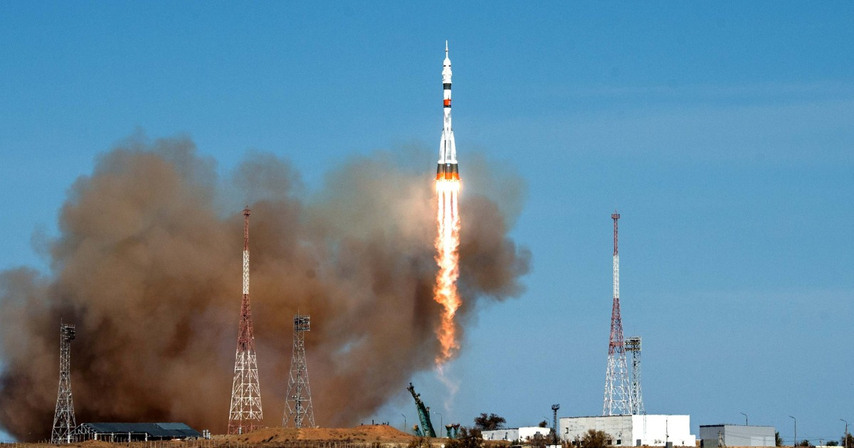 Soyuz rocket departs for the international space station in historic final U.S.-Russian flight