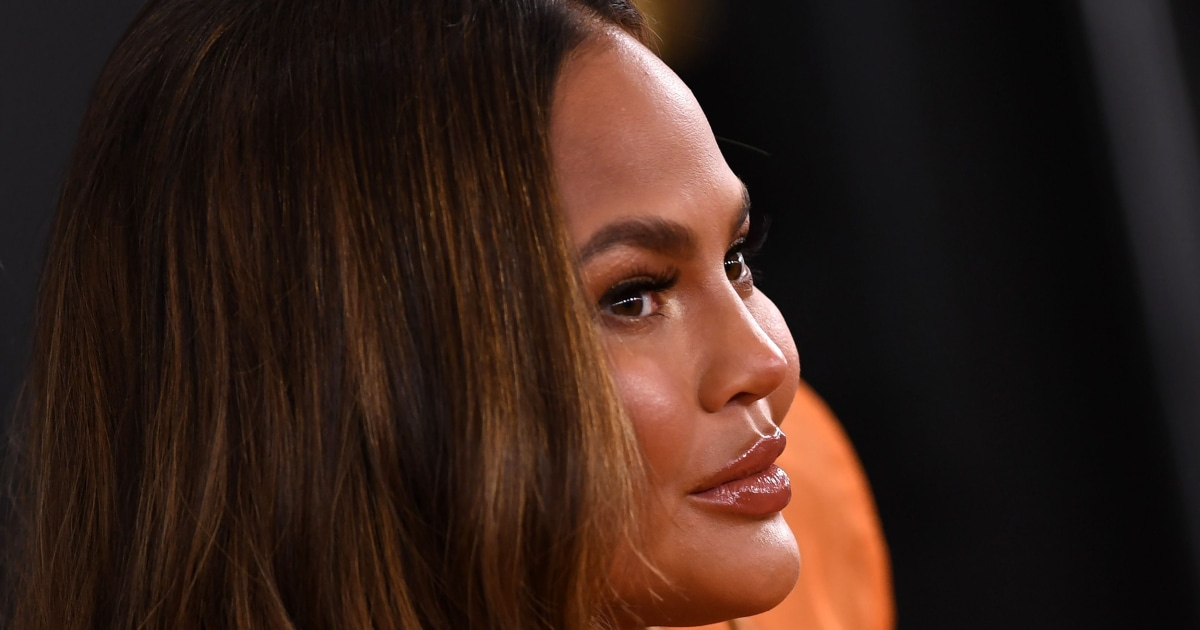 'It was time to say goodbye': Chrissy Teigen writes about pregnancy loss and public grief – NBC News