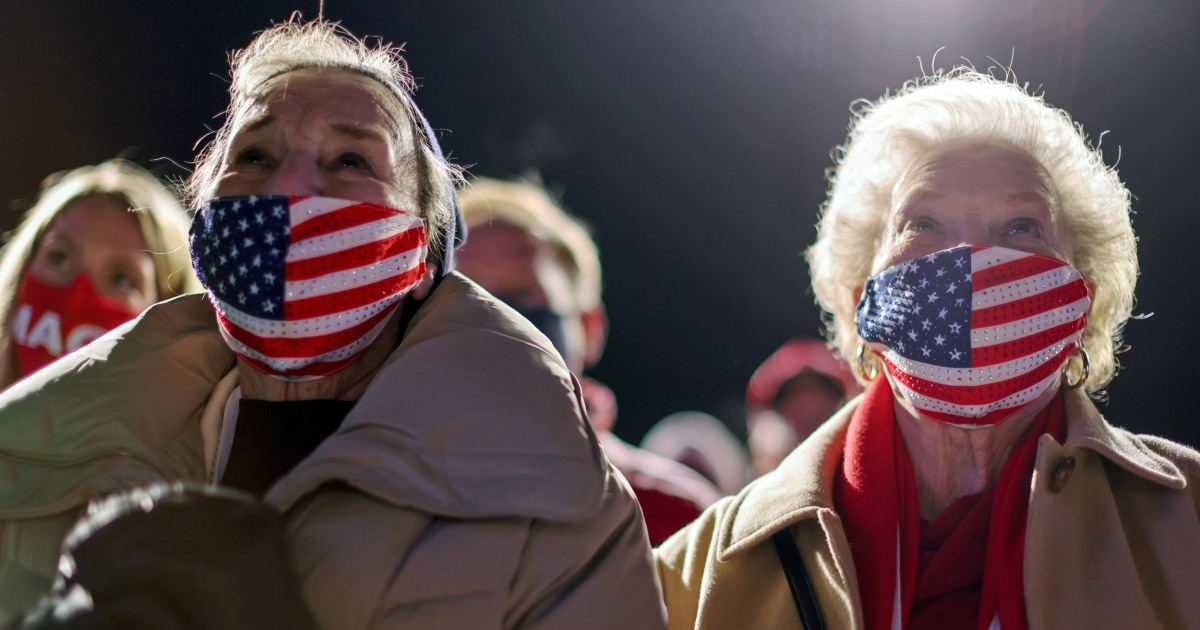 Hundreds of Trump supporters stuck on freezing cold Omaha airfield after rally, 7 taken to hospitals