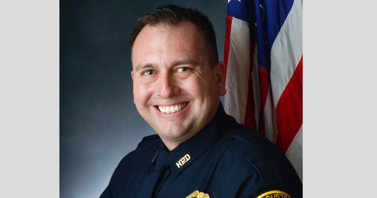 Houston sergeant fatally shot responding to a call for help on his way to work – NBC News