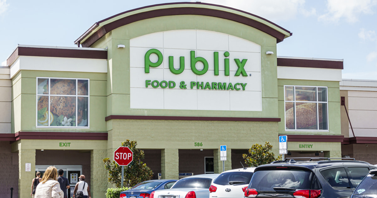 Grocery stores cap more customer purchases as lockdowns loom