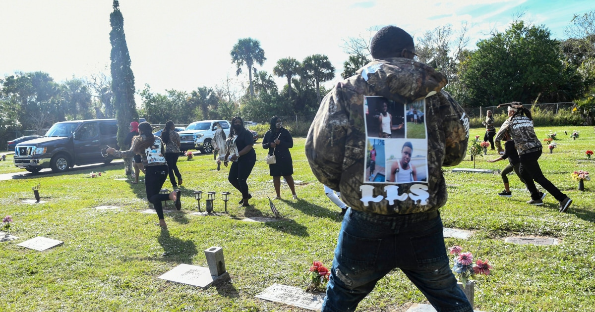 Mother of Black teen killed by Florida deputy is shot during son's burial – NBC News