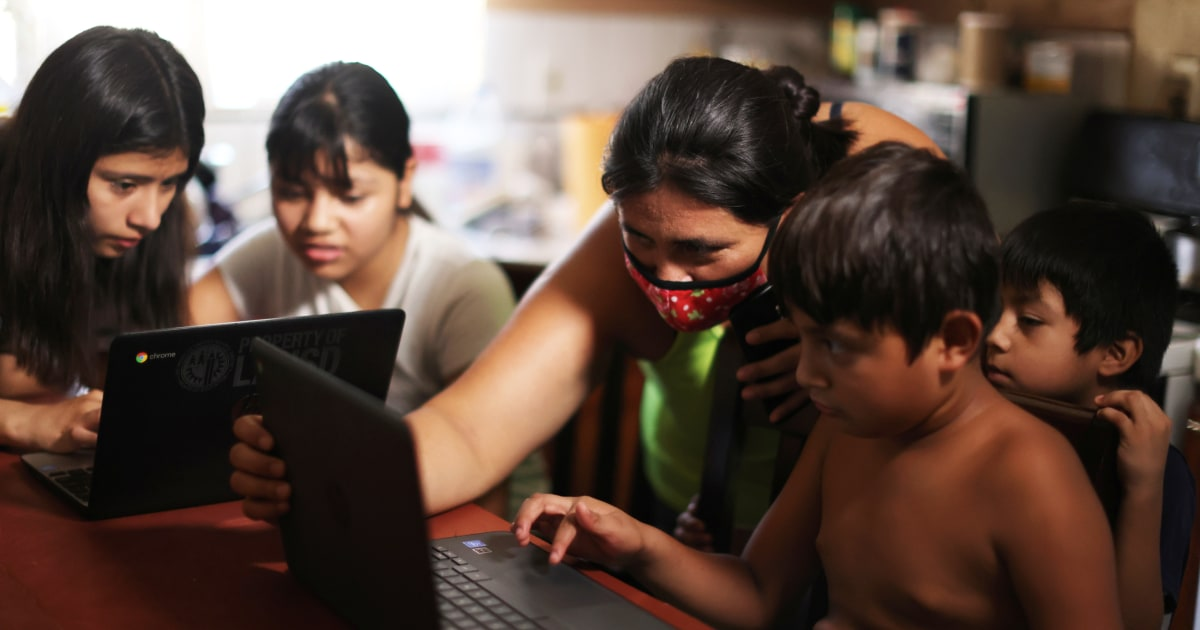 Families sue California, say state fails to educate low-income students of color amid pandemic