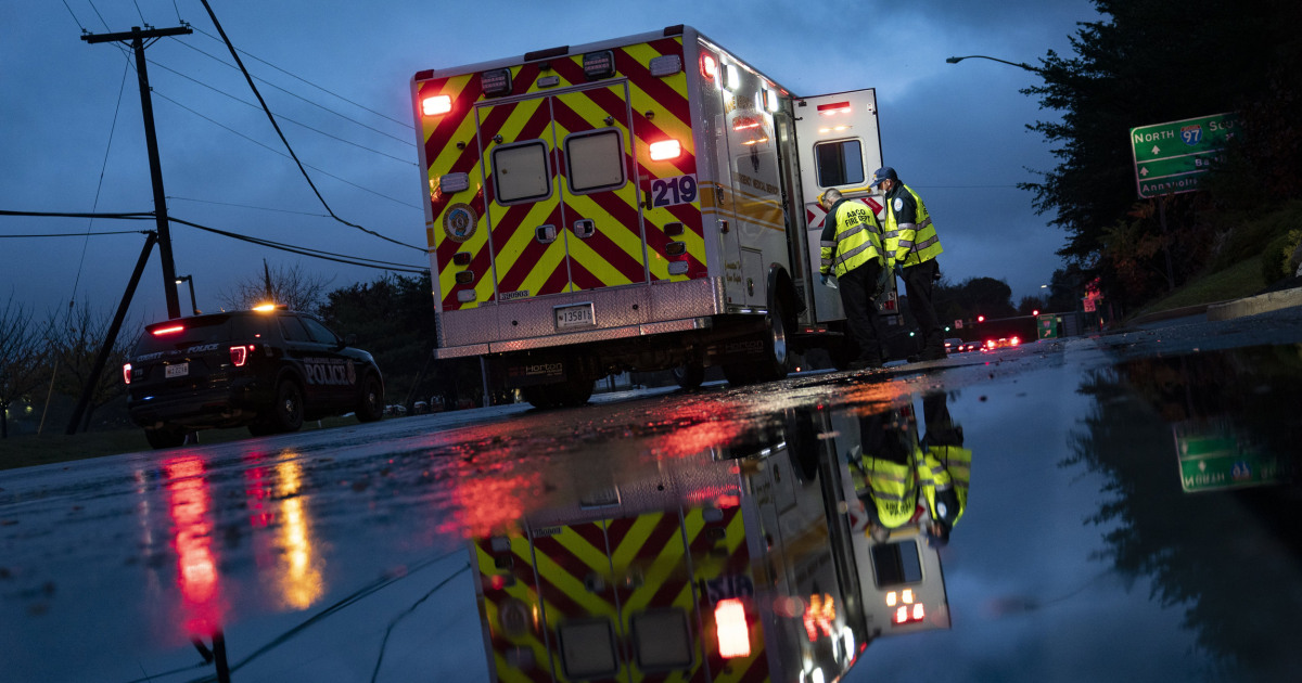 Ambulance companies at 'a breaking point' after receiving little Covid aid