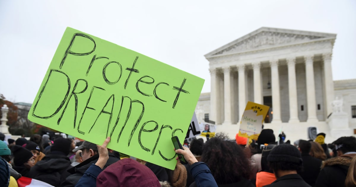 Federal judge reinstates DACA, orders Homeland Security to quickly accept new applicants - NBC News