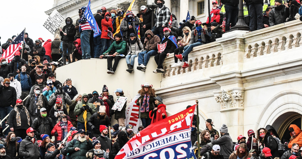 People turn in family members, ex-partners they understand in Capitol riot footage thumbnail