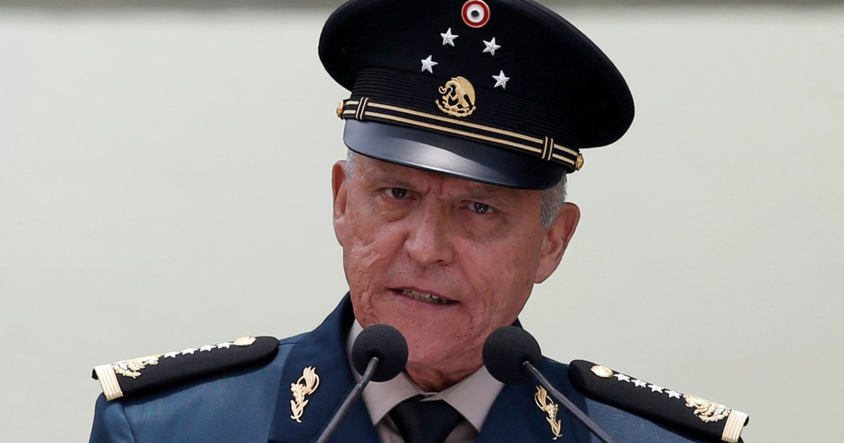 Mexico clears former defense chief U.S. had accused of cartel ties
