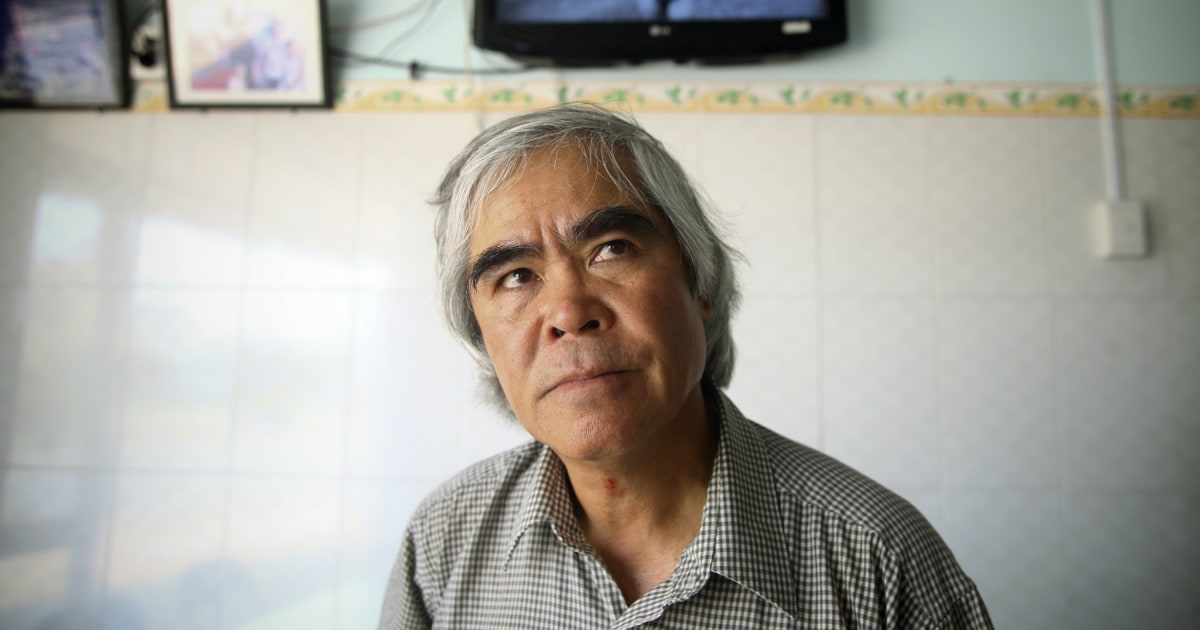 Nick Ut, photojournalist who made famed Vietnam War 'napalm girl' image, attacked in D.C.