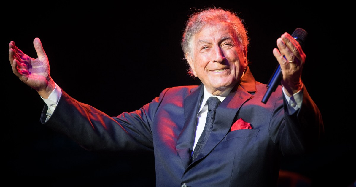 Family of Tony Bennett opens up about his Alzheimer's diagnosis thumbnail