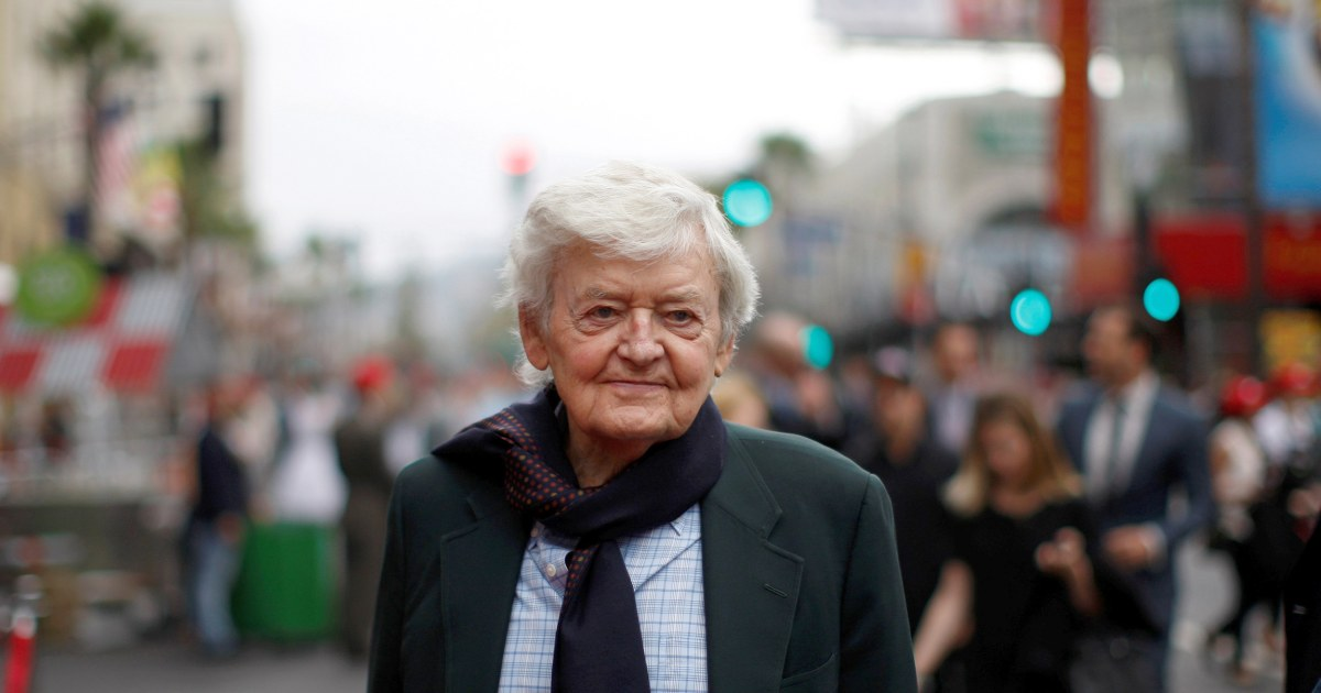 Hal Holbrook actor acclaimed for his portrayal of Mark Twain dies at 95 – NBC News