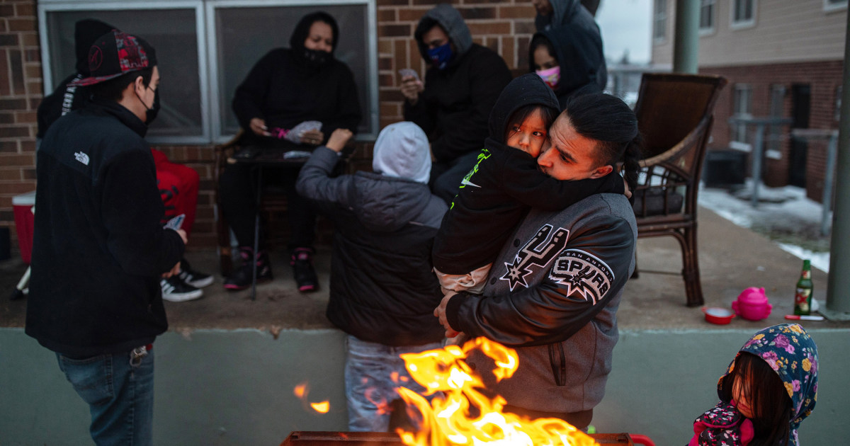 Texas counts its losses and begins to mourn those who died in the cold