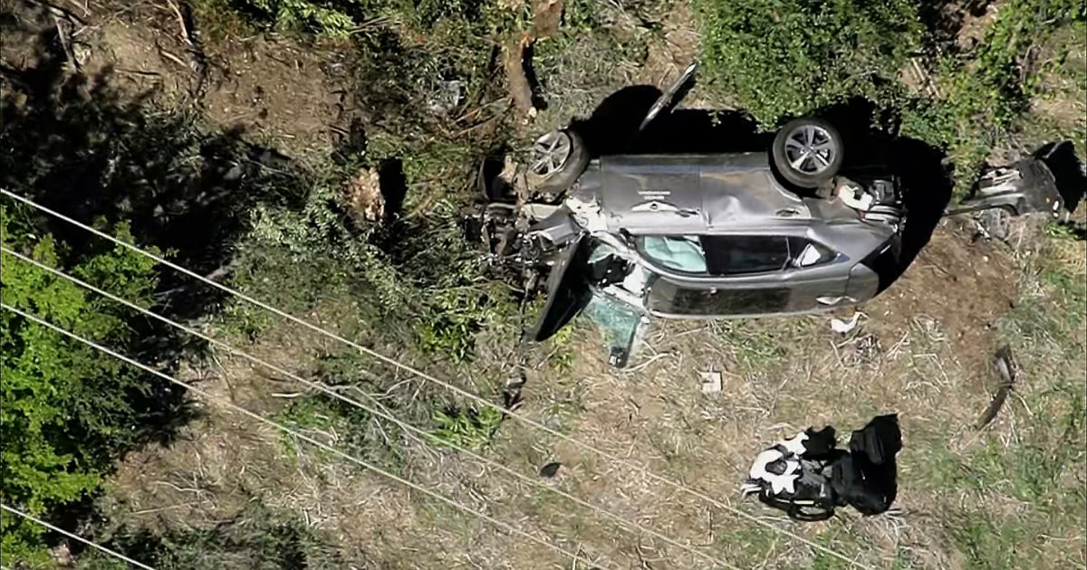Tiger Woods injured in rollover car crash near Los Angeles extracted with 'jaws of life' – NBC News