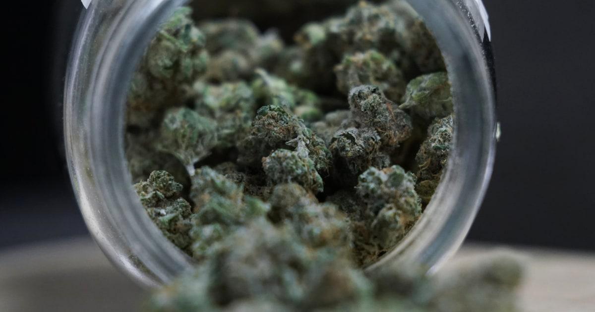 Virginia lawmakers pass legislation that would legalize marijuana in 2024