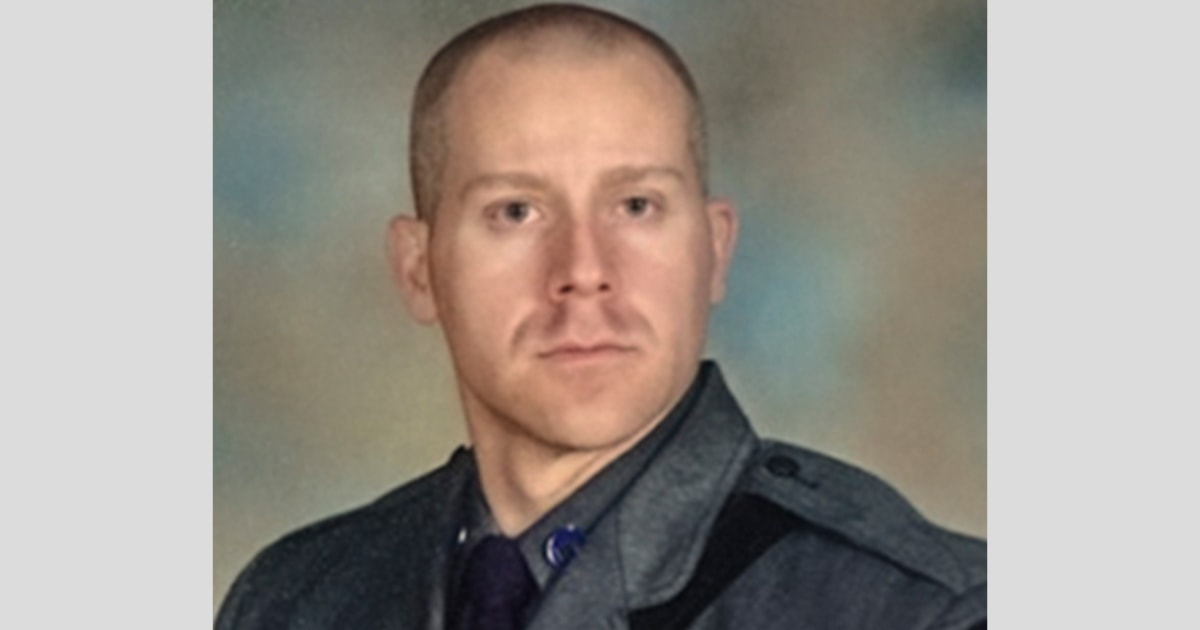 N.Y. trooper dies three years after being struck by diverted driver thumbnail