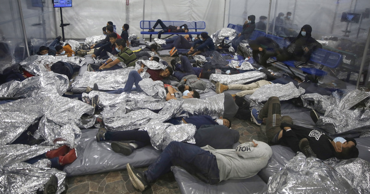 'Smugglers just drop them off': Inside an overcrowded migrant facility in Texas