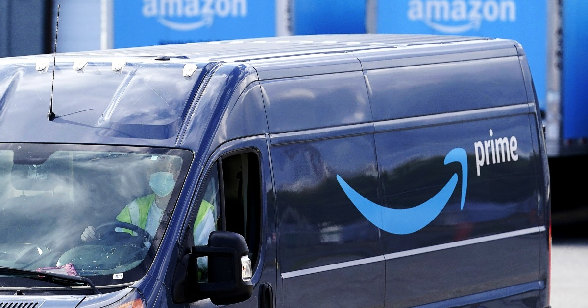 Amazon acknowledges issue of drivers urinating in bottles in apology to congressman – NBC News