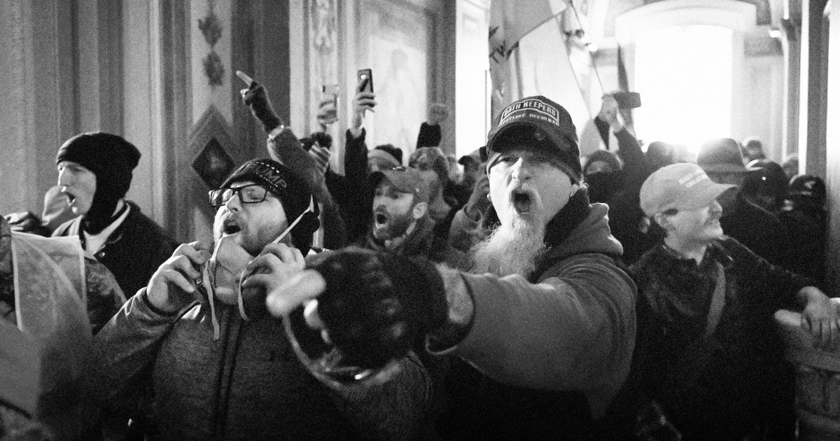 Feds 'flipped' a Capitol riot leader. But it's Washington conspirators they're really after.