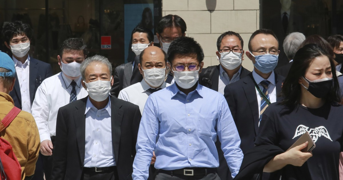 Japan eyes state of emergency for Tokyo, Osaka regions amid virus surge