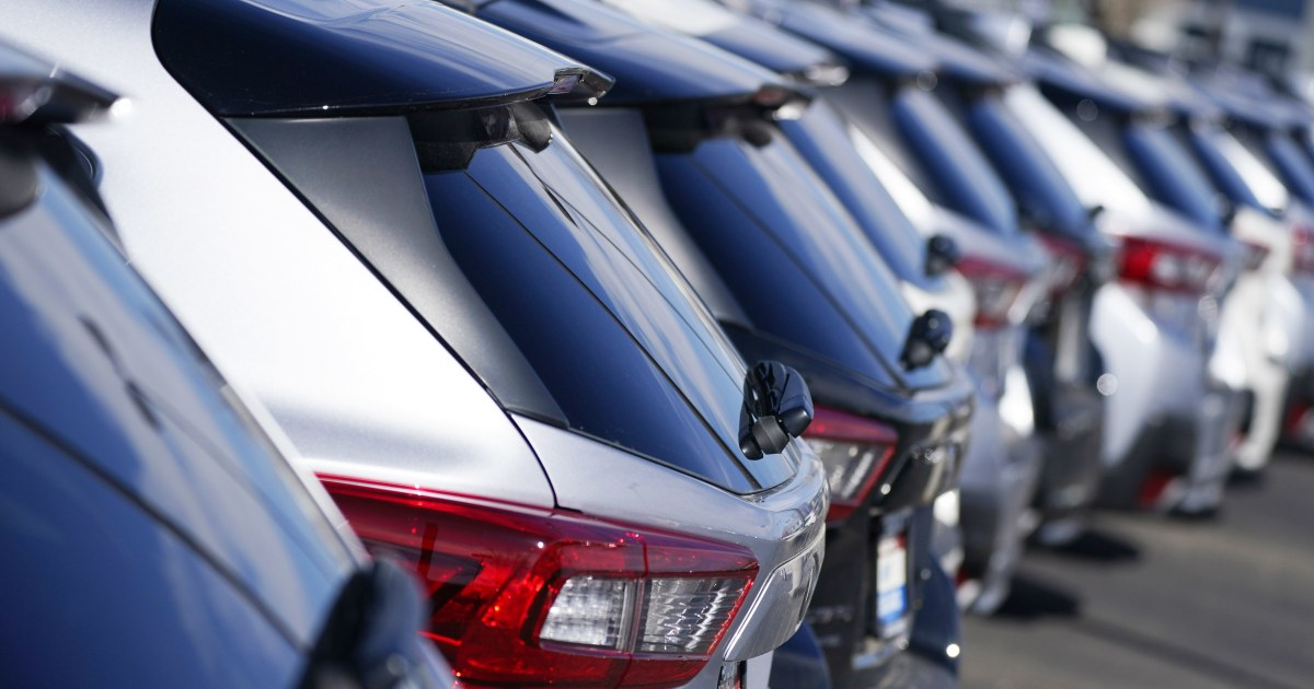 Subaru recalls nearly 900,000 vehicles for engine, suspension problems