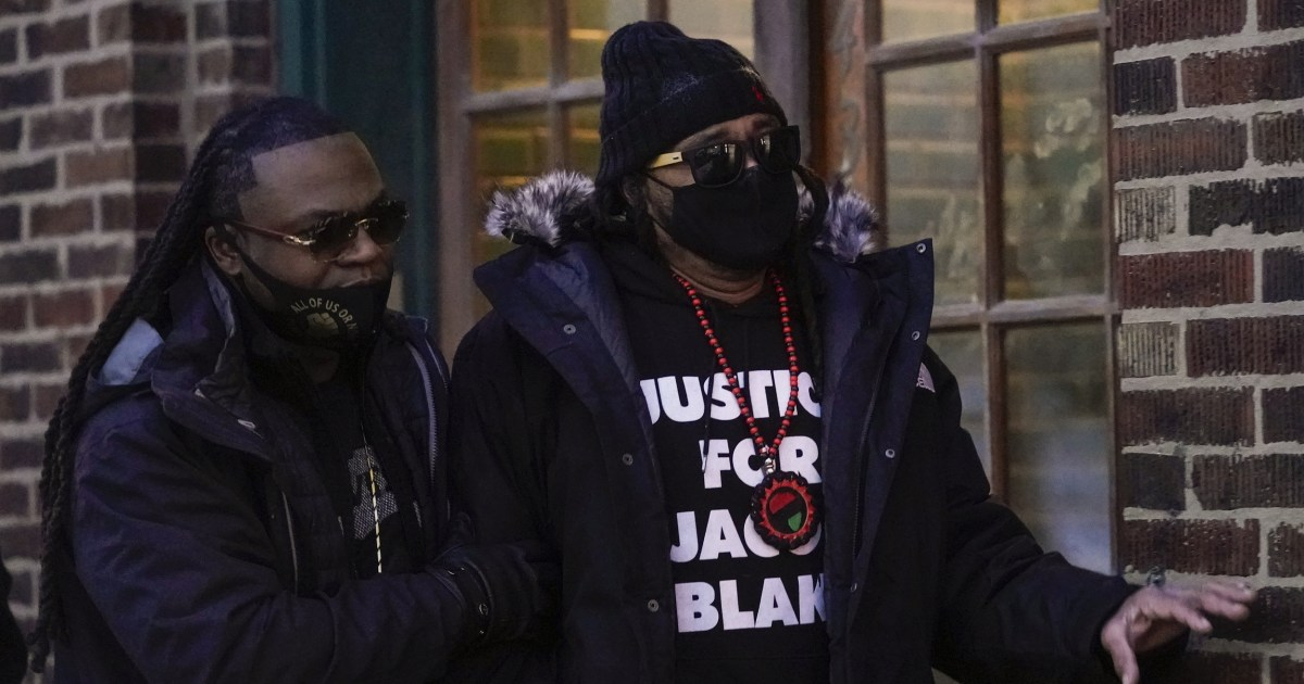 Jacob Blake's uncle arrested during protest over officer who returned to work - NBC News thumbnail