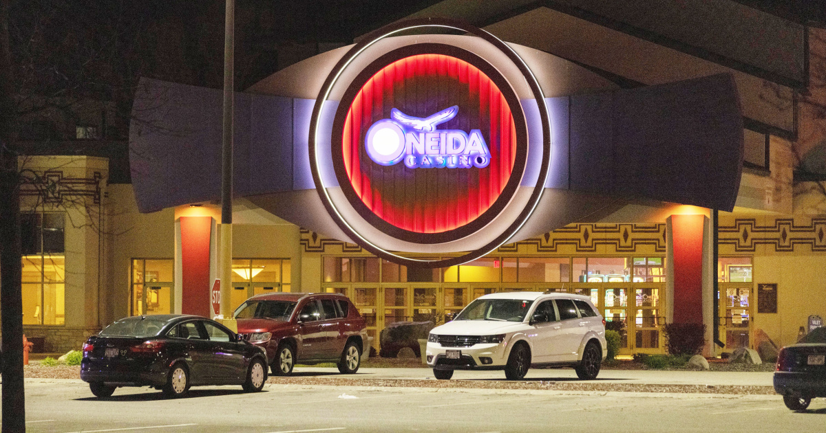 Wisconsin casino shooter was fired employee, sheriff says thumbnail