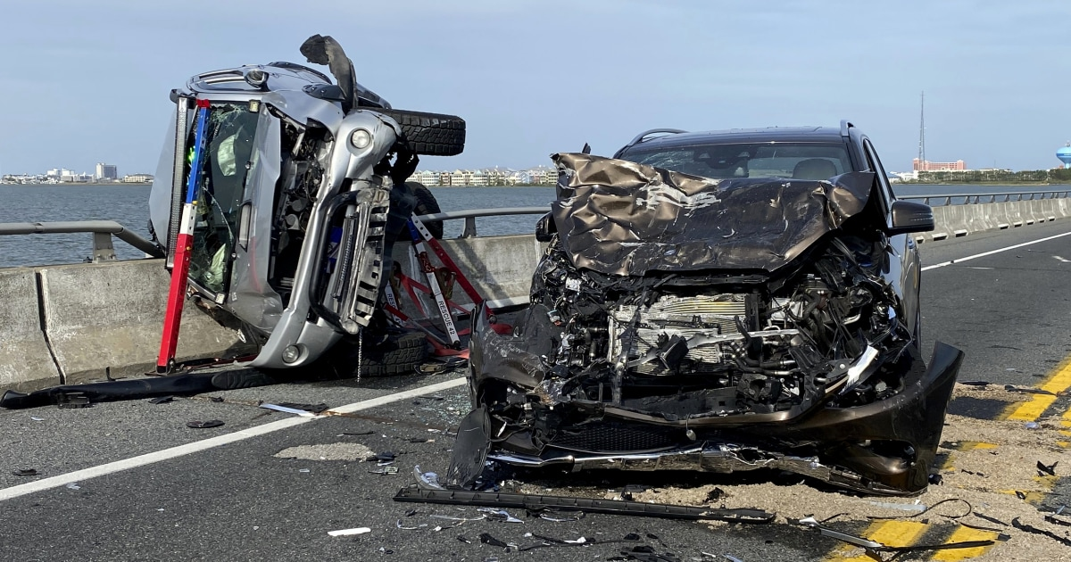 'Heroic' car crash witness saves toddler who was ejected into Maryland bay – NBC News