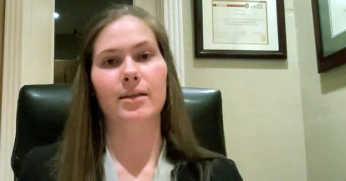 Texas valedictorian goes off script to address abortion rights – NBC News