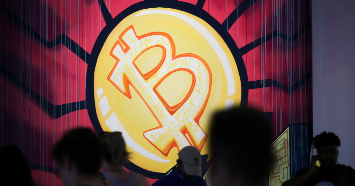 Bitcoin slides 7 percent after U.S. seizes most of Colonial Pipeline ransom – NBC News