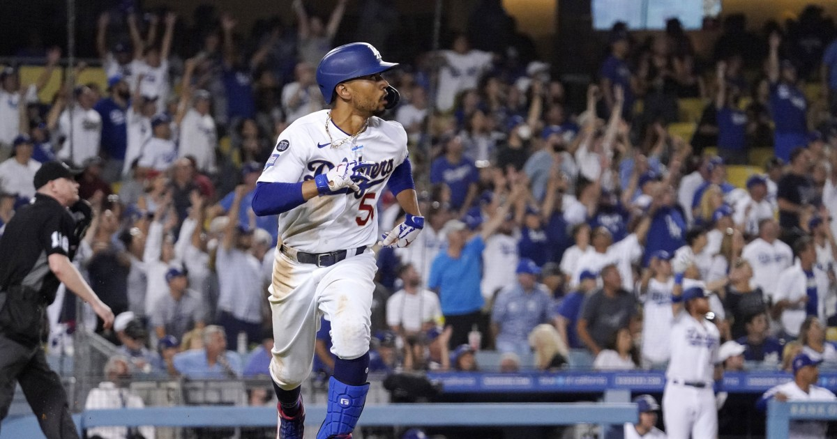 Dodger Stadium sellout is America's largest pro sports crowd since pandemic