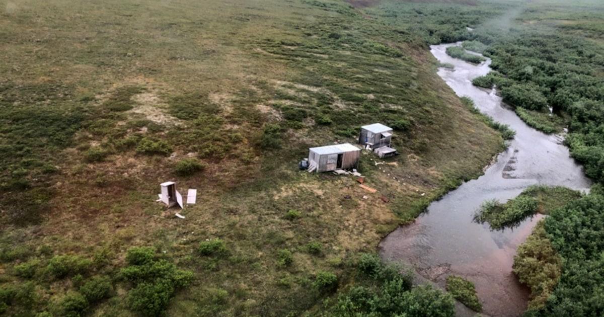 Man rescued after weeklong struggle with bear at Alaska camp, writing 'SOS' on shack
