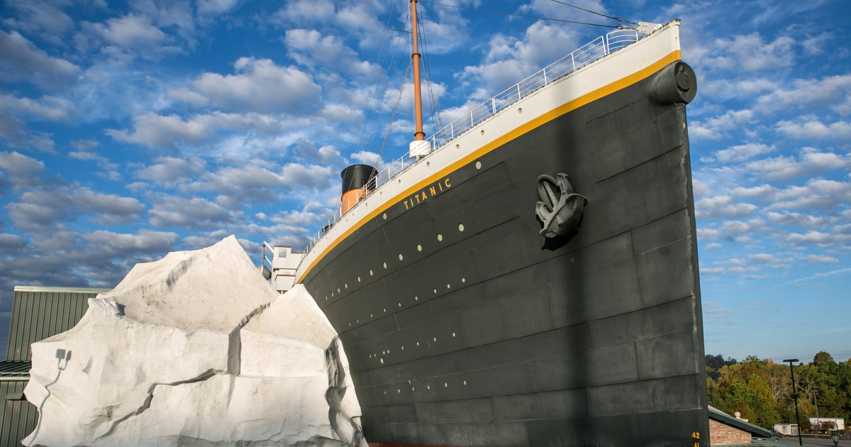 Titanic Museum ice wall collapse injures three in Tennessee – NBC News
