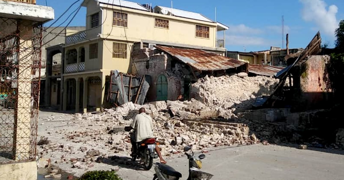 At least 304 dead after 7.2-magnitude earthquake strikes Haiti, officials say