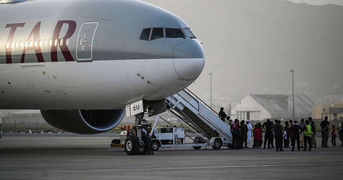 Photo of Afghanistan evacuation flights into U.S. paused after diagnosed measles cases | Lauren Egan,Abigail Williams